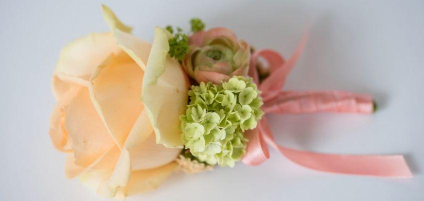 Svatební květinová vazba