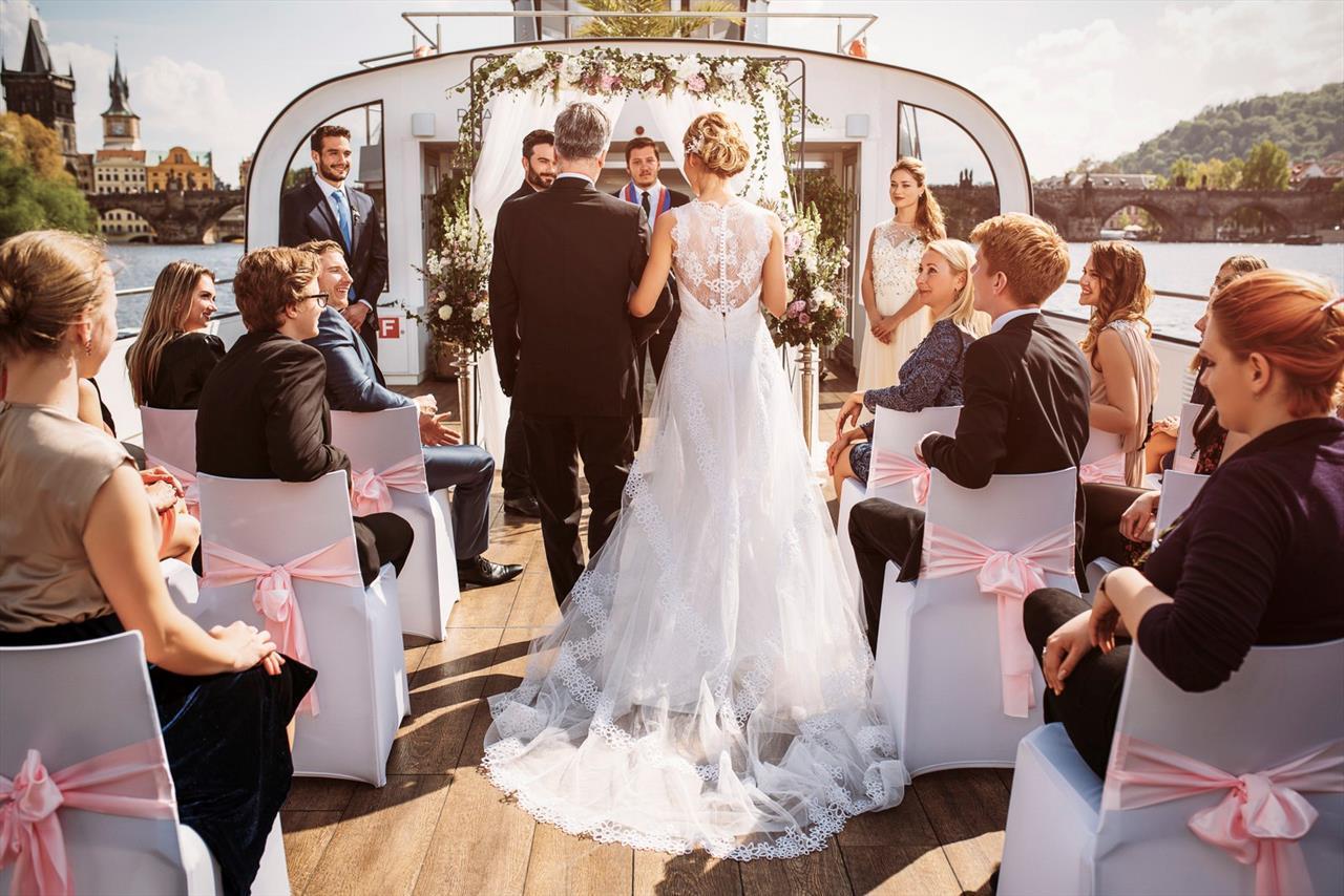 Místo na svatbu - loď