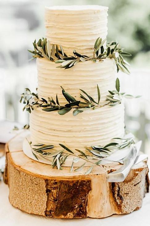 svatební dort herbar rozmaryn kremovy